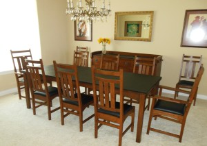 dining room table with pad